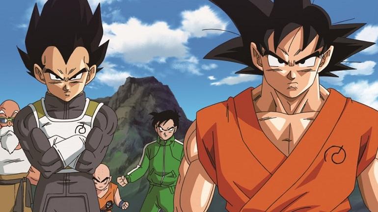 O símbolo nos uniformes de Goku e Vegeta é de Wiss. (Foto: Divulgação/Fox)