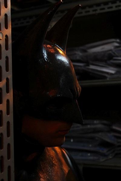 Na interpretação de Martin, Batman ganha a teatralidade que faltava aos cinemas. (Foto: batmanfanfilmbrazil)