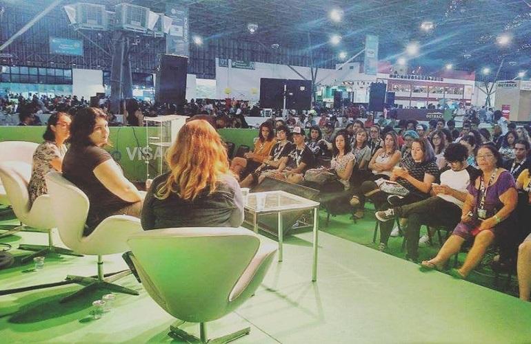 Cyberbullying e violência contra mulheres na cultura pop e nos games na Campus Party Brasil 2016