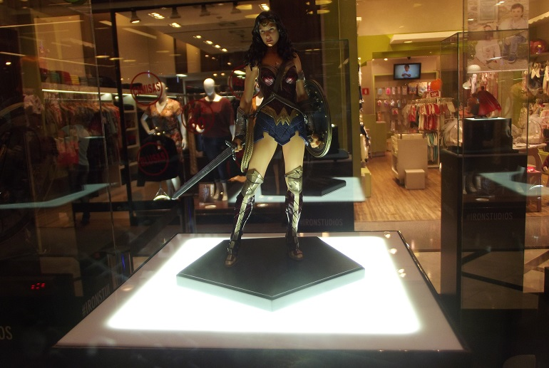 Exposição Batman vs Superman A Origem da Justiça da Iron Studios no Shopping Eldorado (4)