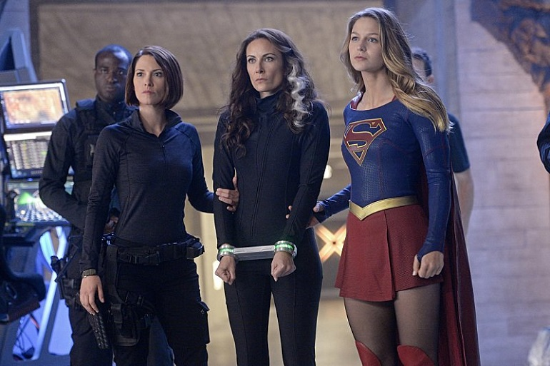 supergirl-review-astra