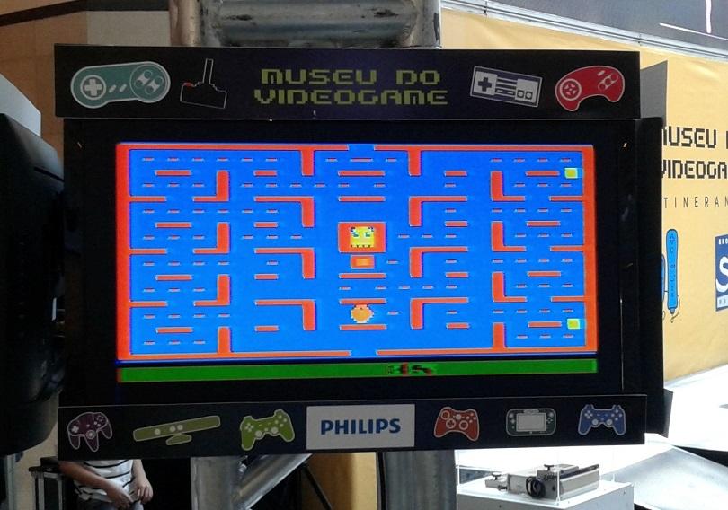 Jogue o clássico Pac-Man direto no Atari! (Foto: Henrique Almeida)