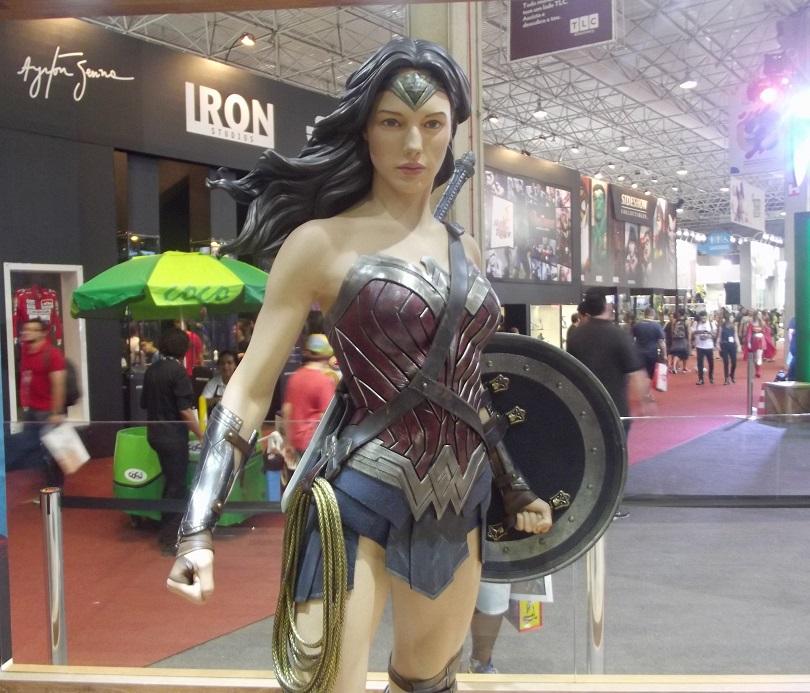 mulher-maravilha-gal-gadot-ccxp-2015-warner-bros-pictures