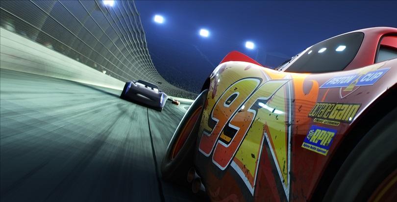 A animação indica adotar um clima mais sombrio... Cuidado Relâmpago McQueen! (Foto: Disney)