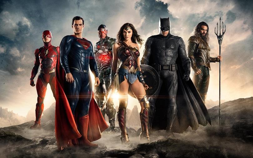 Batman e Mulher-Maravilha reúnem um time de super-heróis (com The Flash, Aquaman e Ciborgue) para defender a Terra de uma ameaça recém descoberta. (Foto: Warner)