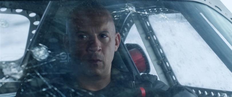 Agora é Toretto contra a família! (Foto: Universal)