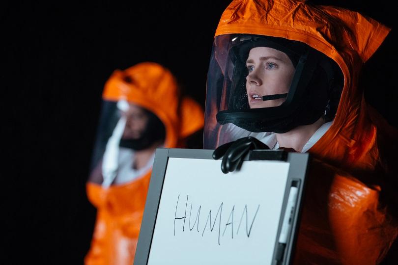 A linguista Louise Banks precisa se comunicar com os alienígenas para descobrir por que eles vieram à Terra. (Foto: Sony Pictures)