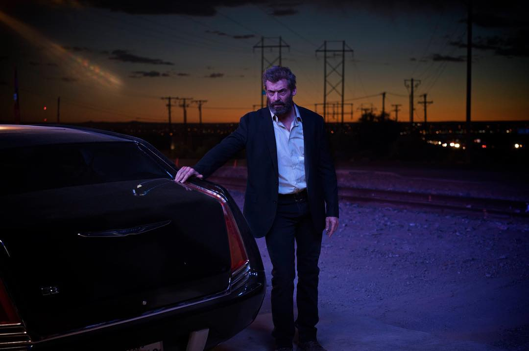 Esqueça o Wolverine herói que você conheceu nos filmes anteriores. Logan agora é motorista. (Foto: Fox)