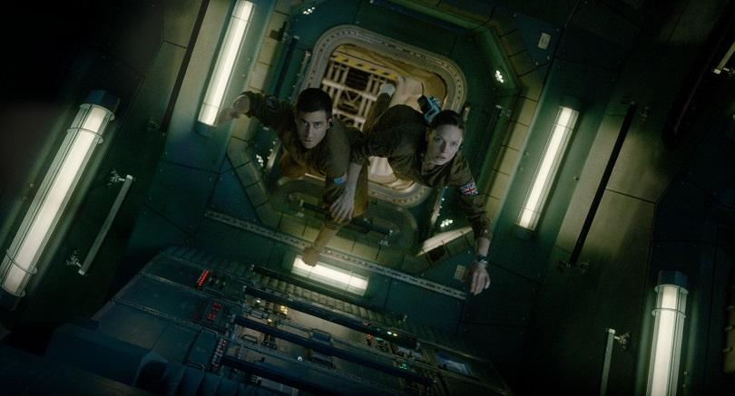 Sem contato com a Terra, a tripulação da Estação Espacial Internacional passa por momentos de horror diante do misterioso organismomarciano. (Foto: Sony Pictures)