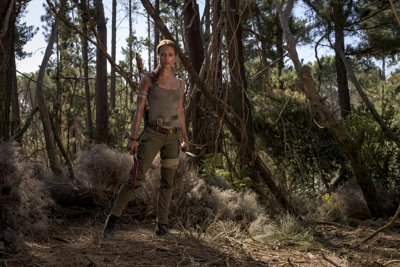 Vencedora do Oscar, Alicia Vikander surge pela primeira vez como a heroína Lara Croft. (Foto: Warner Bros. Pictures)