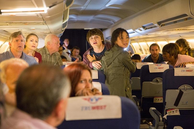 Nem os céus estão seguros na websérie Fear the Walking Dead: Flight 462! (Foto: Justina Mintz/AMC)