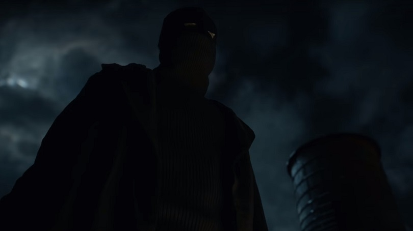 A temporada termina com Bruce Wayne em sua primeira aventura como o Cruzado Encapuzado! (Foto: DC Comics)